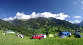 Terrain de camping de Grindelwald images libres de droits