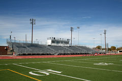 Terrain de football de lycée Images stock