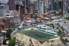 Terrain de football de Zapata dans La Paz, Bolivie Images stock