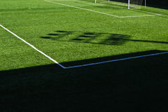 Terrain de football et lignes Photos stock