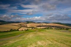 Terrain de golf dans le paysage d'automne Photographie stock libre de droits