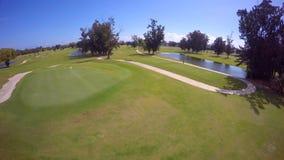 Terrain de golf visuel aérien de Miami Beach banque de vidéos