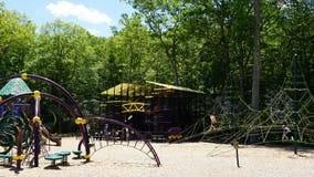Terrain de jeu à l'endroit de dinosaure dans le Connecticut Photo libre de droits