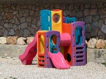 Terrain de jeu coloré d'enfants Images libres de droits