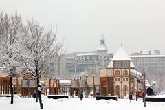 Terrain de jeu dans la neige Photographie stock libre de droits