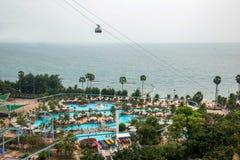 Terrain de jeu du front de mer d'hôtel de plage de parc de Pattaya Photographie stock