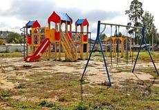 Terrain de jeu du ` s d'enfants image libre de droits