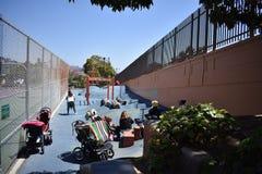 Terrain de jeu de parc de Duboce, un terrain de jeu de voisinage, 1 image libre de droits
