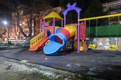 Terrain de jeu vide la nuit hiver - Turquie Photographie stock libre de droits