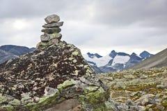 Terrain montagneux en Norvège Stationnement national de Jotunheimen photos stock