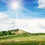 Terrain montagneux et ciel photos libres de droits