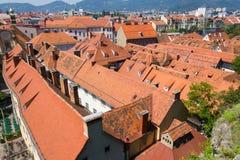 Terrakottatak i Graz Österrike Arkivfoton