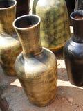 Terrakottatonwaren in den traditionellen Auslegungen lizenzfreies stockbild