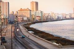 Terraplén de Havana Malecon Cuba, Océano Atlántico Imagen de archivo
