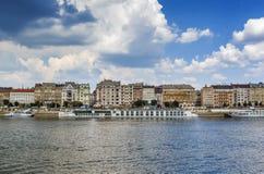 Terraplén del río Danubio, Budapest, Hungría fotos de archivo