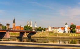 Terraplén en Kaunas - Lituania imagenes de archivo