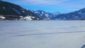 A terraplenagem de Zeller vê o lago, Zell é vê, Áustria vídeos de arquivo