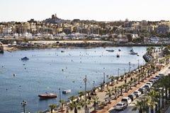 Terraplenagem em Sliema (Tas-Sliema) Ilha de Malta fotografia de stock royalty free