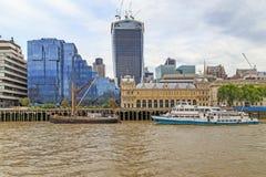 Terraplenagens da cidade de Londres Fotos de Stock