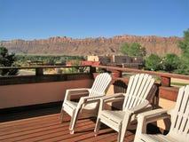 Terras met een Mening van Moab Rand stock foto