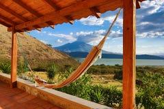 Terras met hangmat in Ecuador Stock Afbeelding