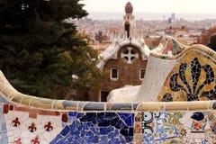 Terrass av den Guell paroen som planl?ggs av Antoni Gaud fotografering för bildbyråer