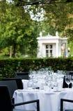 terrass för 2 tabeller för matställerestaurangstjärna Royaltyfria Foton