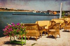 Terrass på den Tomis hamnen i Constanta Royaltyfri Foto