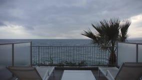 Terrass på havet stock video