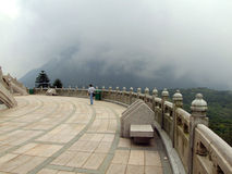 Terrass runt om den stora Buddha arkivfoton