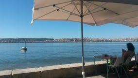 Terrass som vänder mot Lissabon Royaltyfri Foto