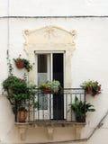 Terrasse avec des fleurs Image libre de droits