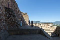 Terrasse d'observation de beffroi dans le Comté de Roussillon, France photo stock