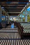 Terrasse des modernen Hotels Lizenzfreie Stockbilder