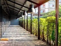 Terrasse Extérieure De Plancher En Bois Avec Le Soleil Et L\'ombre ...