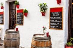 Terrasse im Freien in Andalusien Stockbild