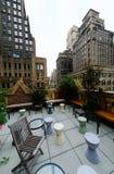 Terrasse urbaine de dessus de toit Images stock