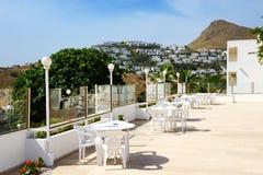 Terrassen på det lyxiga hotellet Royaltyfria Foton