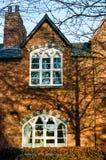 Terrasserat hus för röd tegelsten i England Royaltyfria Foton