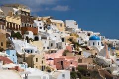 Terrasses dans Santorini Photographie stock