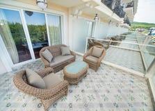 Terrasses des salles de luxe dans un hôtel cinq étoiles dans le Bulgare Kranevo Images stock