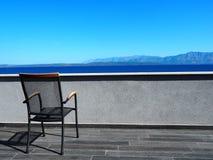 Terrasstoel op vakantie 3 stock fotografie