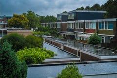 Terrasvormige huizen als modern aquaduct Royalty-vrije Stock Foto's