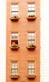 Terraza de la detalle-ventana del hotel Fotos de archivo