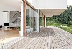 Terraza de madera al aire libre Imágenes de archivo libres de regalías