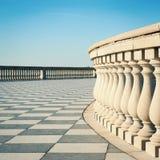 Terraza de Mascagni delante del mar Imagen de archivo