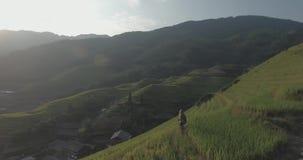 Terraza del arroz de Longji en Ping An Village almacen de metraje de vídeo