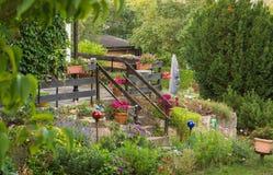Terraza en el jardín Imágenes de archivo libres de regalías