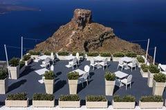 Terraza hermosa de un restaurante y de un mar Fotografía de archivo libre de regalías