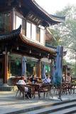Terraza a lo largo del lago del oeste (la UNESCO) en Hangzhou, China Imágenes de archivo libres de regalías